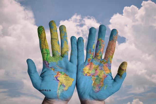 hands of globe